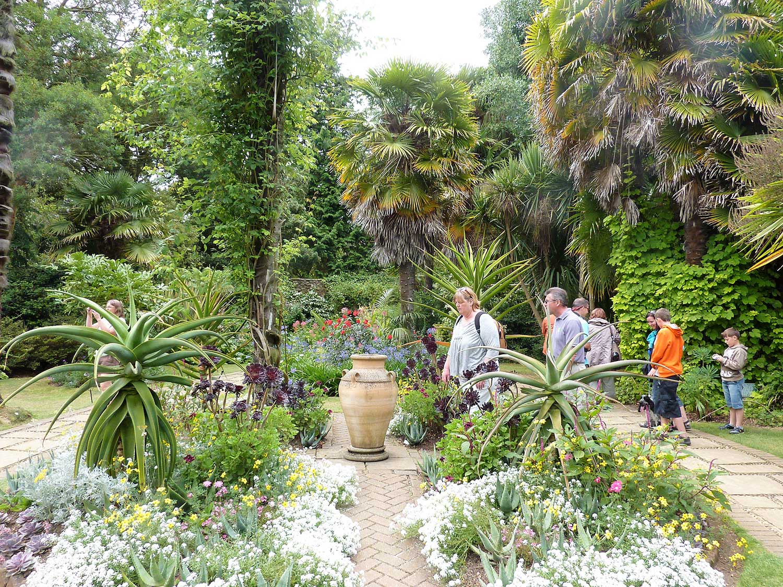 Aug-2010-Victorian-Garden