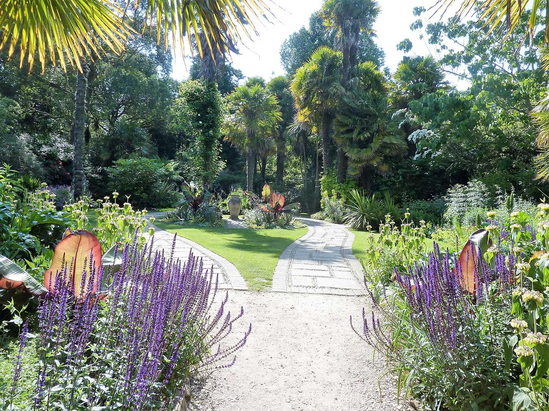 Victorian-garden-July-2013
