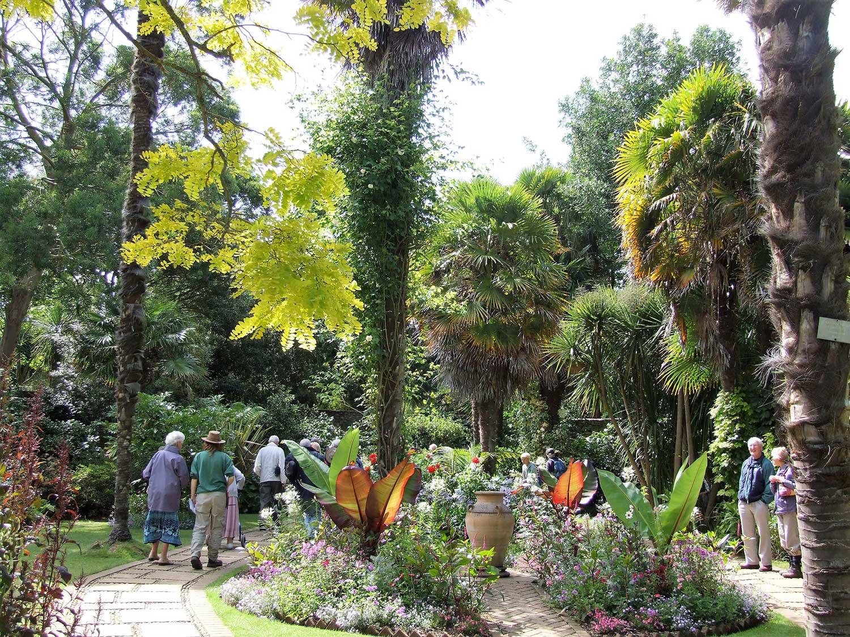 July-2009-Victorian-garden